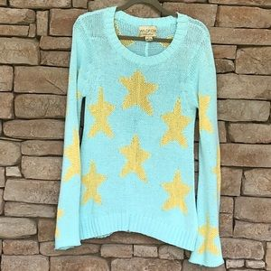 WILDFOX STARRY EYED BELL SLEEVED SWEATER ⭐️Large